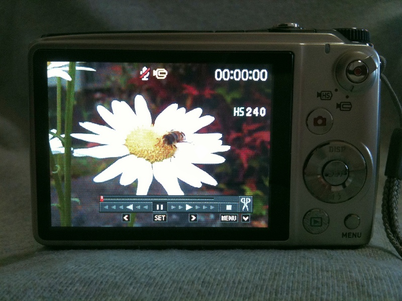 EX-FH100_076.jpg