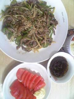 青椒肉絲とスイカ